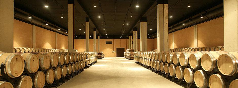 Fässer Weingut Murua Kalea Ausgewählte Weine